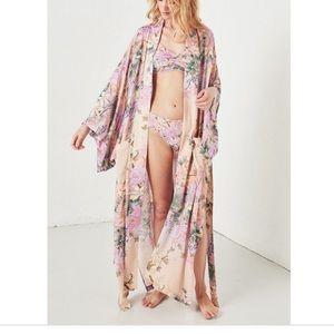 NWT Spell Lily Kimono. Size S/M